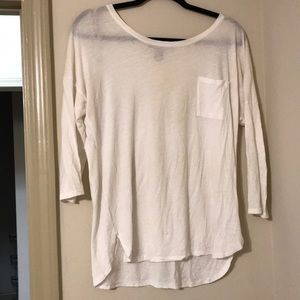 White quarter sleeve top